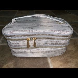 NWOT Large Sonia Kashuk Makeup Bag